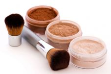 Make your own mineral makeup